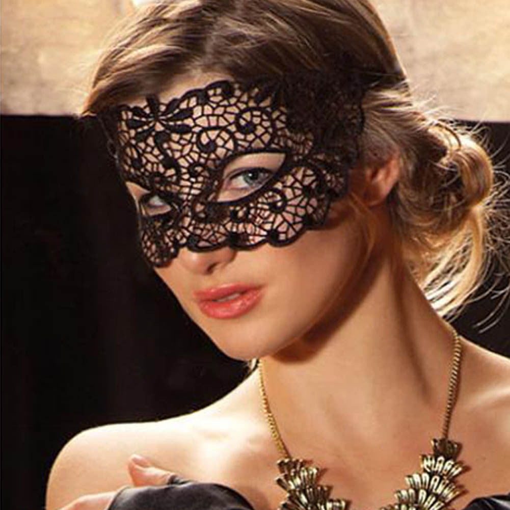 1PC Black Sexy Lace Mask Cutout Eye Mask for Halloween Masquerade Party Fancy Dress Costume