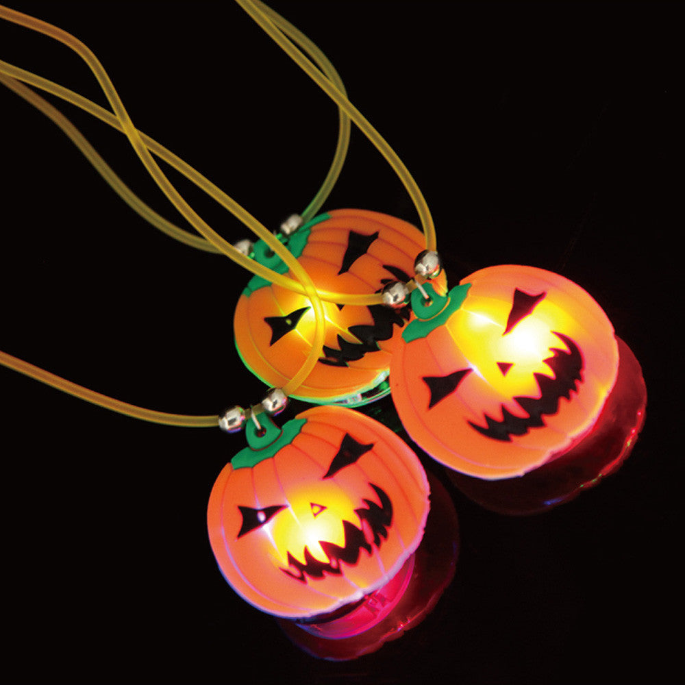 Best Seller factory price Halloween cool tricking Costume Party Props LED Lights Pumpkin Necklace Aug10