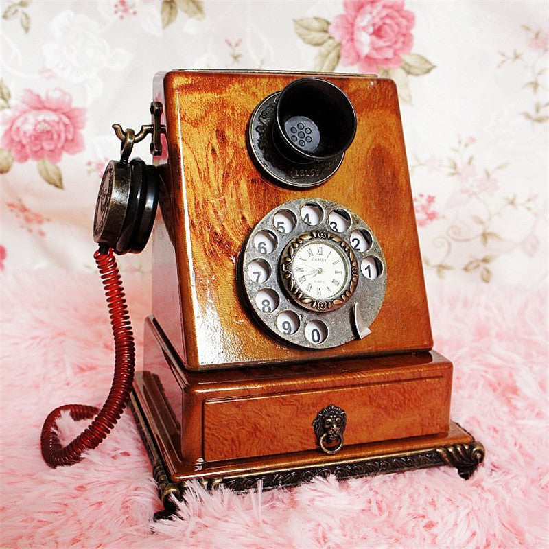 2016 Iron Casting Handmade Antique Telephone Model Vintage Metal Crafts Retro Desk Pub Home Decoration Shooting Props
