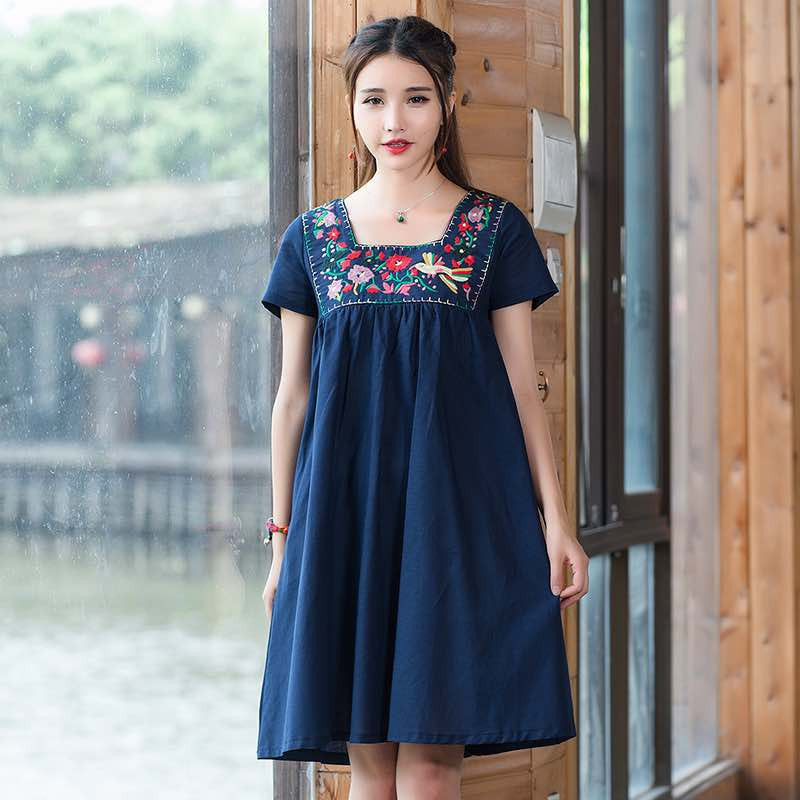 Vintage 70s ethnic green blue red embroidery cotton one-piece dress for women Bohemian hippie short sleeve square collar gown