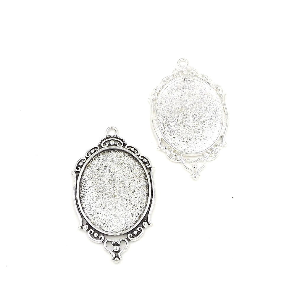 30X40mm Oval Pendant Tray in Silver or Antique Silver