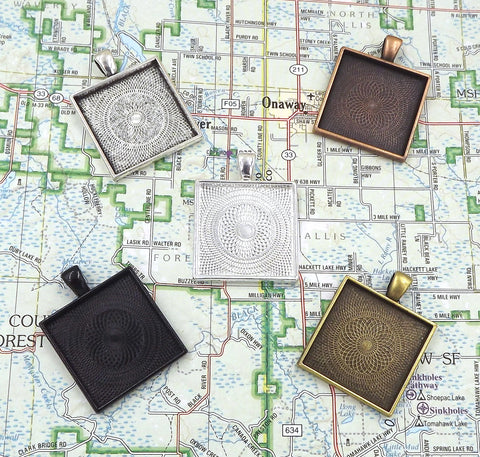 1 inch (25mm) Square Pendant Tray 5 Different Colors to Choose From