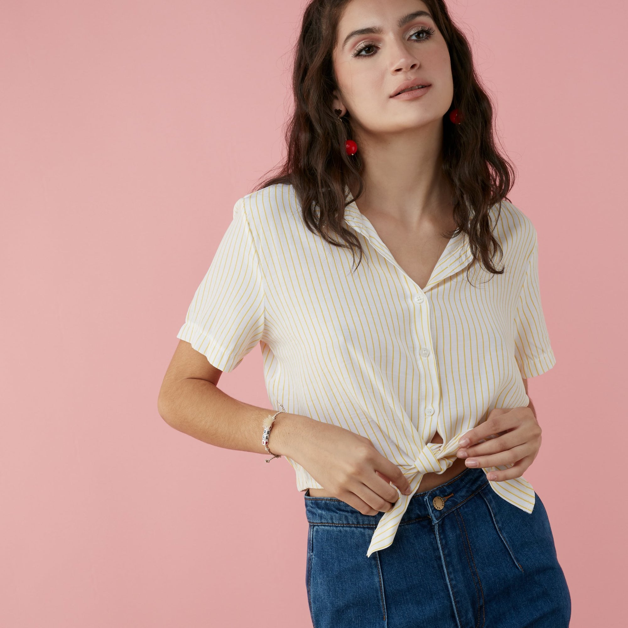 TIEABLE BUTTON UP TOP