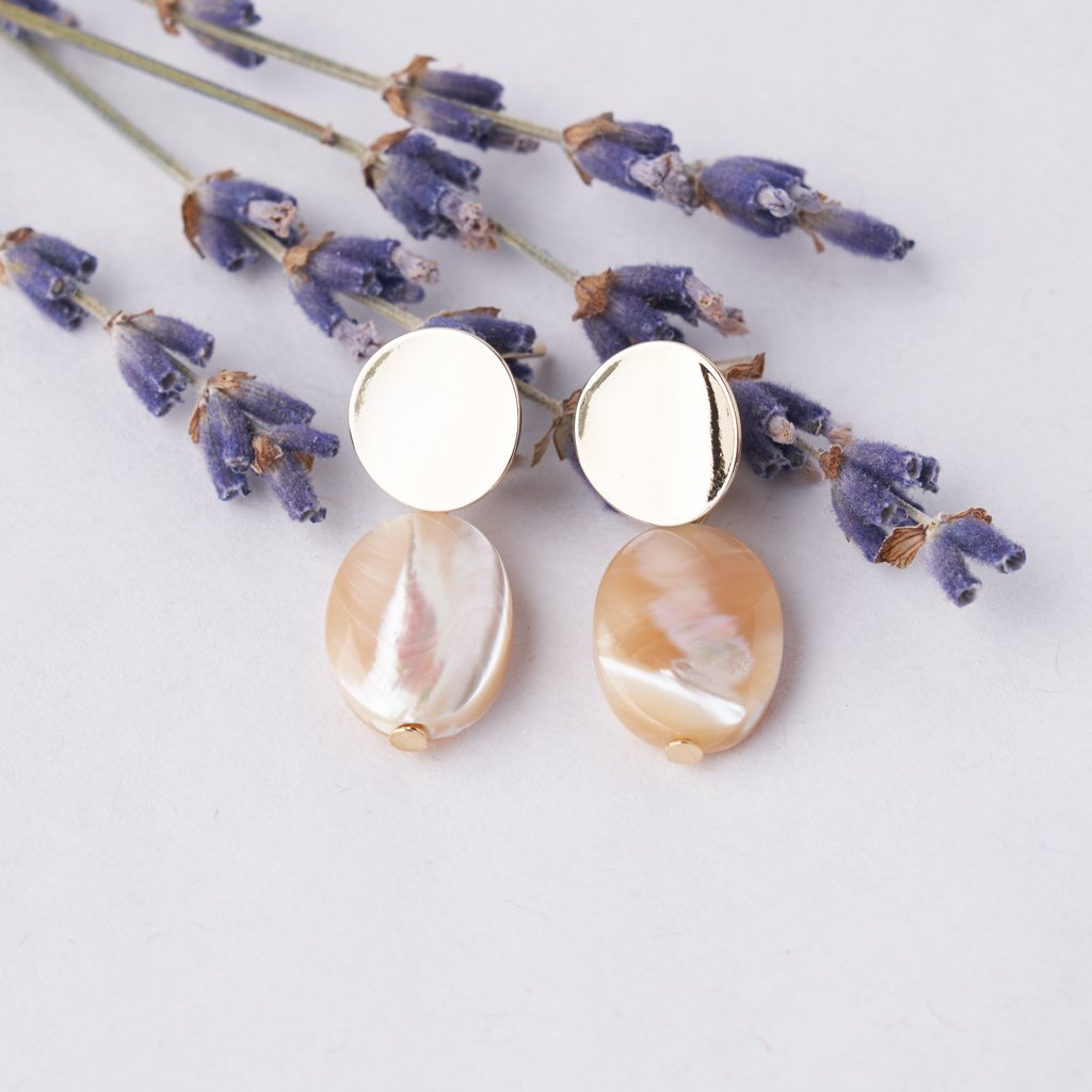 SHELL SIMPLE EARRINGS