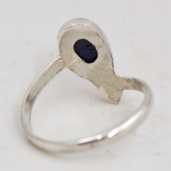 Graceful Blue Sapphire Ring