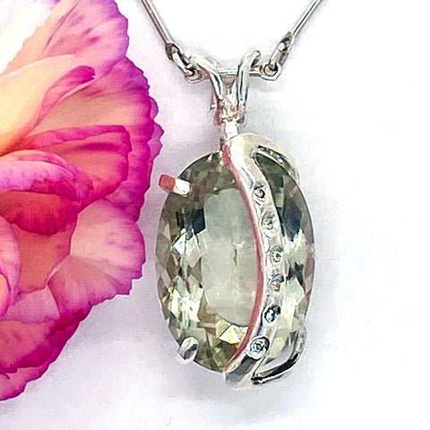 Green Amethsyt & Diamonds Pendant