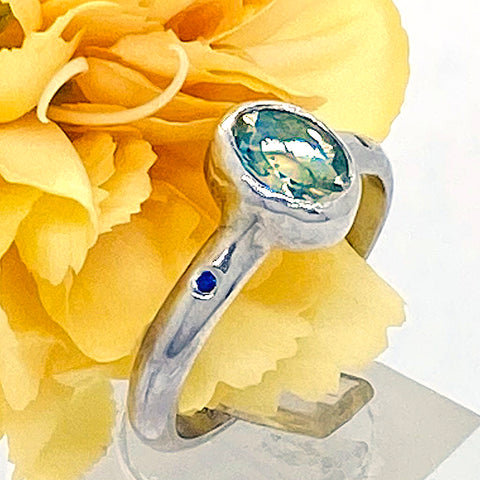 Green Ametyst & Sapphire Ring (size 8)