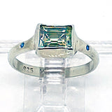 Green Amethsyt and Diamonds Ring (size 6 1/2)