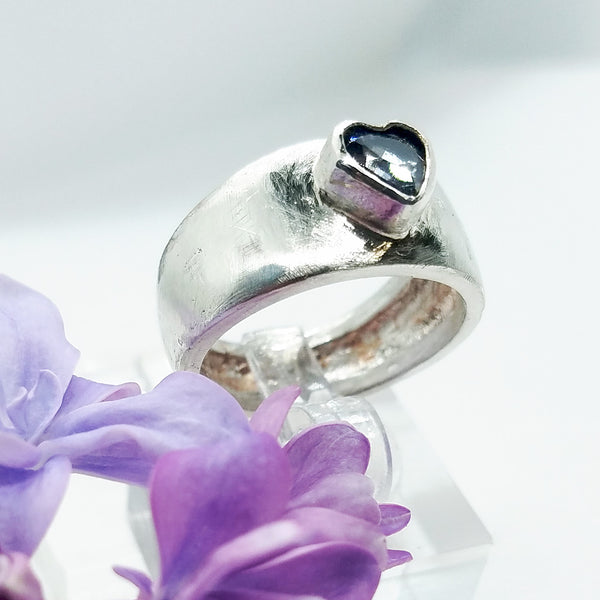 Iolite Heart Ring Band