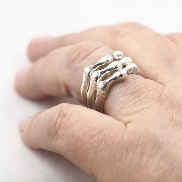 Stackable Wavy Ring