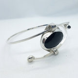 Bangle-style Onyx