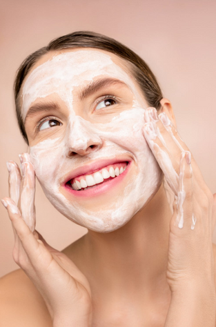 Natural vs. Synthetic Skin Care vs. Products: Which is best for You?