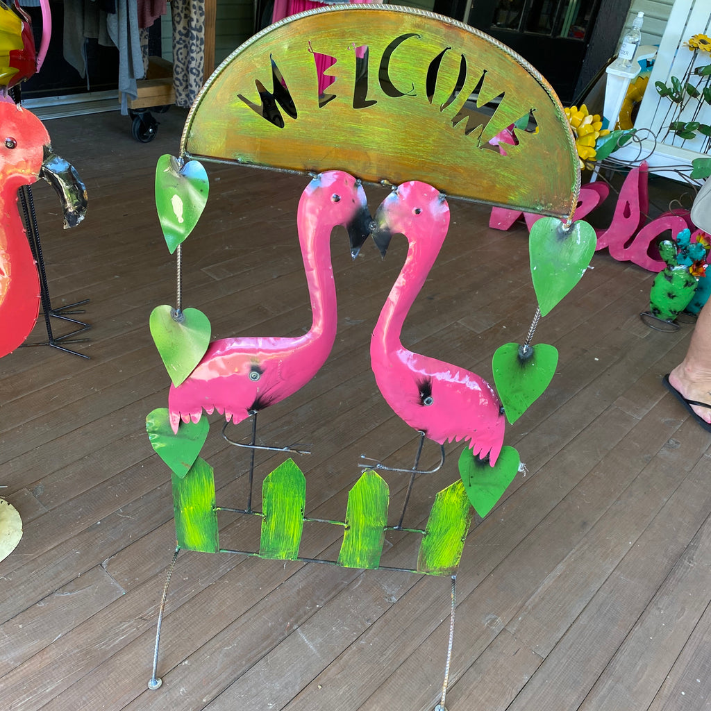 Metal-Flamingo Welcome