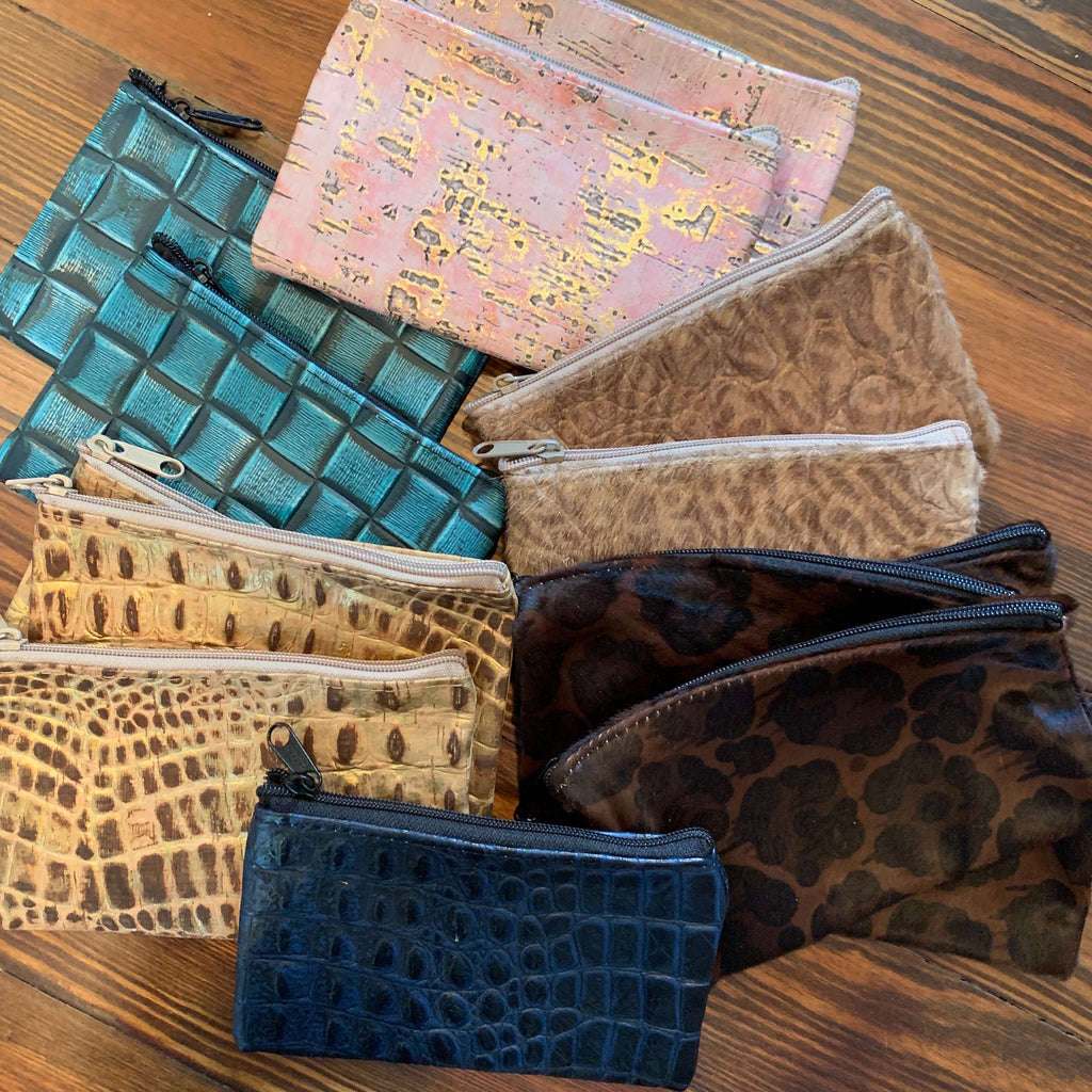 Small leather zipper bags