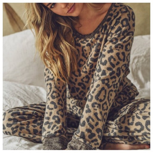 Leopard Love top (plus)