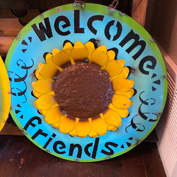 Metal-Welcome Friends sign