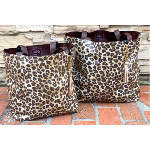 Makeup Junkie tote - savannah