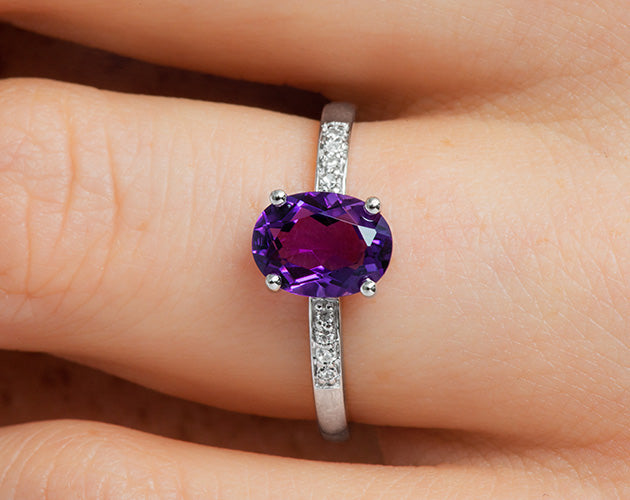 14k Oval Amethyst and Diamonds February Birthstone Ring