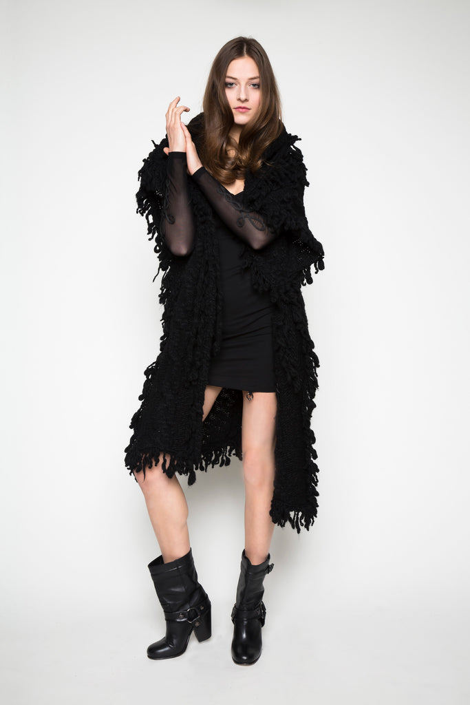 NORDENFELDT Long Top Linda black net Knit Coat Modana black fringes