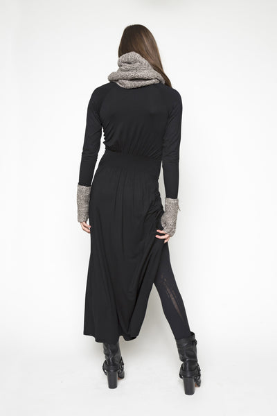 NORDENFELDT Isla, Extra long maxi dress with button placket and long sleeves in black