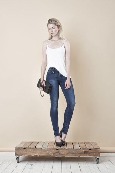 NORDENFELDT Nude London Crown, skinny jeans in dark blue with light washed effect, slim fit, power stretch denim