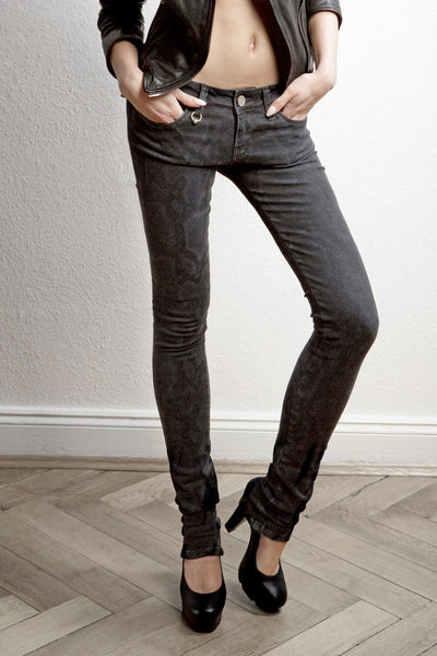 NORDENFELDT London Black Python, Skinny jeans in black with light python print, slim fit, made of power stretch denim