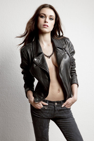 NORDENFELDT Nia Rough, leather Biker Jacket in black with epaulettes and buckles