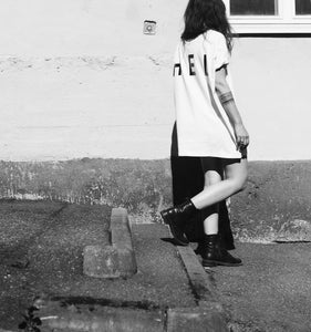 HEL N° 11 | Oversized White Tee