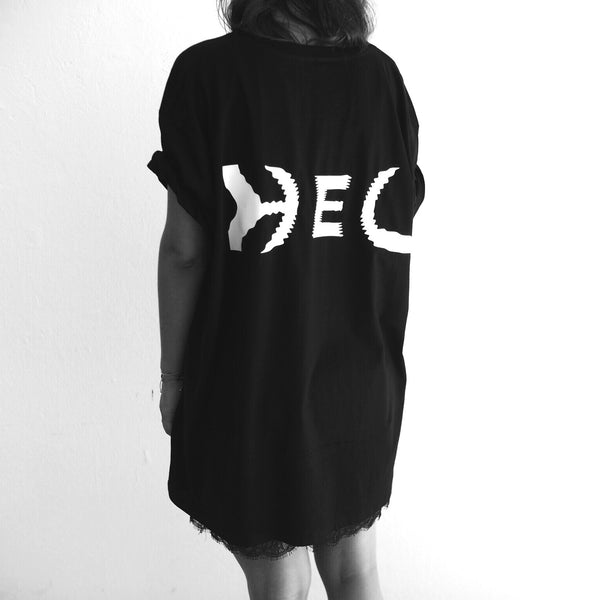 HEL N° 10 | Black Tee | Oversized | 100% Organic Cotton