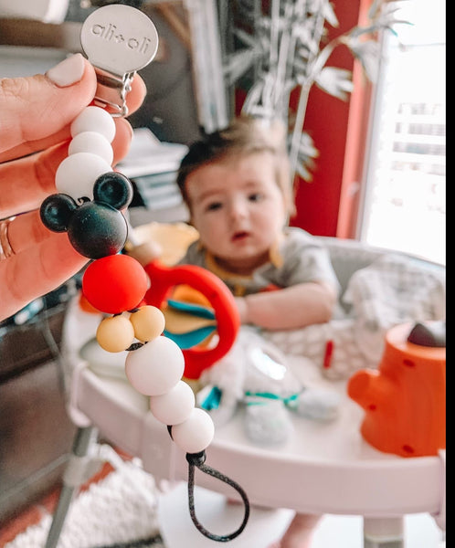 Ali+Oli Modern Pacifier Clip for Baby (Black Mouse) BPA Free Silicone Beads