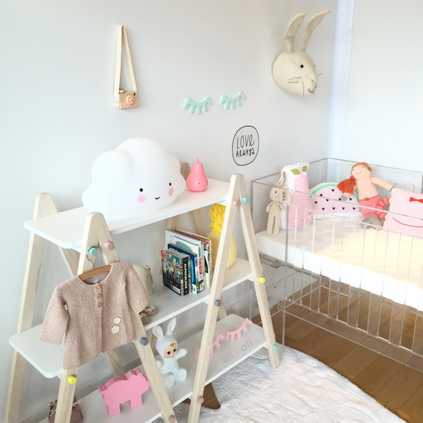 Mint Sleep eyes in modern nursery