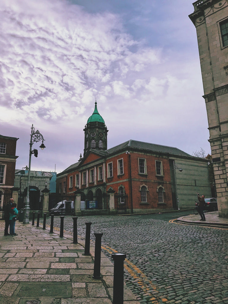 The Dublin Castle Tradition: Medieval Fortress to Center of Cultural Metropolis