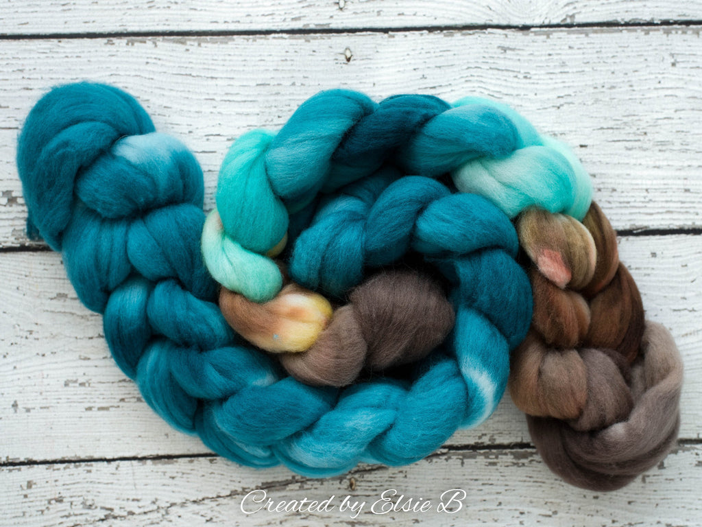 Polwarth 'Bahama Breeze' 4 oz brown combed top for spinning, CreatedbyElsieB teal spinning fiber, cream wool by the pound, hand dyed roving
