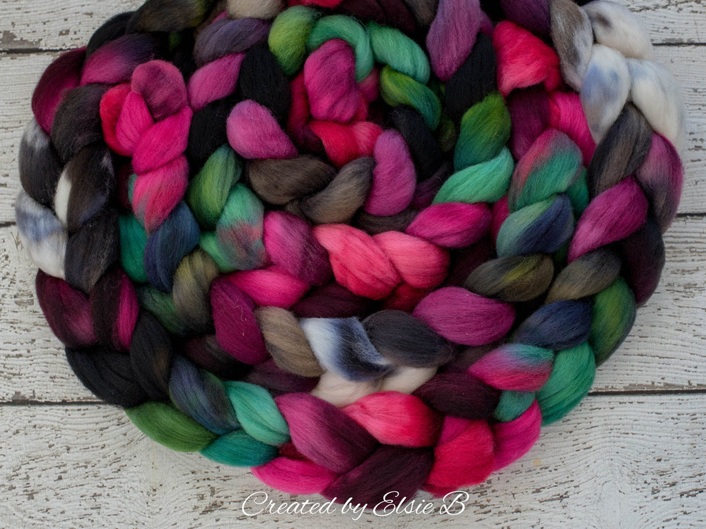 Falkland 'Enchantress' 4 oz spinning fiber, red wool roving for spinning, Created by Elsie B roving wool, hand dyed roving, black combed top
