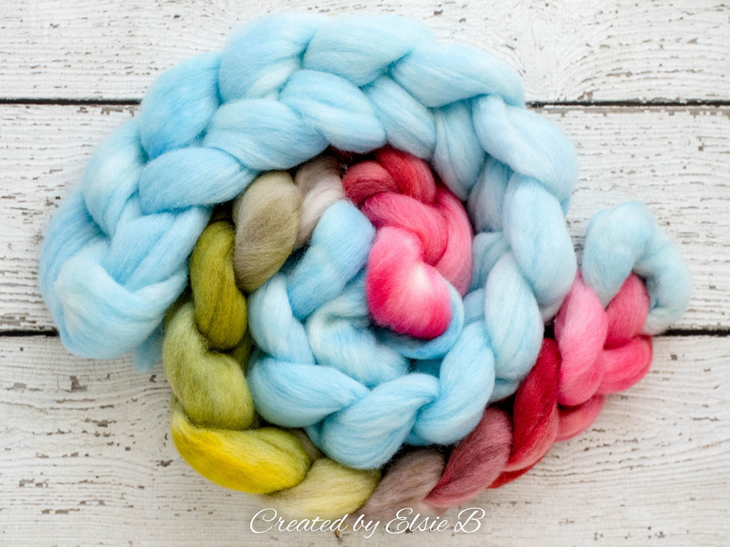 Falkland 'Sky Blue' 4 oz spinning fiber, semi-solid hand dyed combed top, blue roving, Created by Elsie B roving for spinning, wool fiber