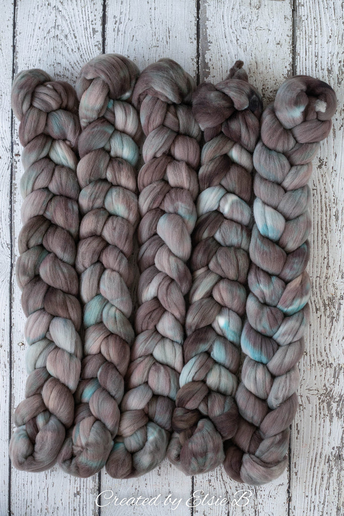 Targhee 'Foggy Bay ' 4 oz semi-solid hand dyed spinning fiber, gray blue dyed roving by the pound, Created by ElsieB combed top, wool roving