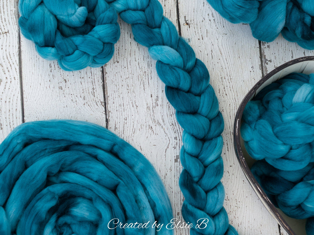 21 micron Merino 'Teal' 4 oz semi-solid combed top, blue spinning fiber, green hand dyed roving, Created by Elsie B wool roving by the pound