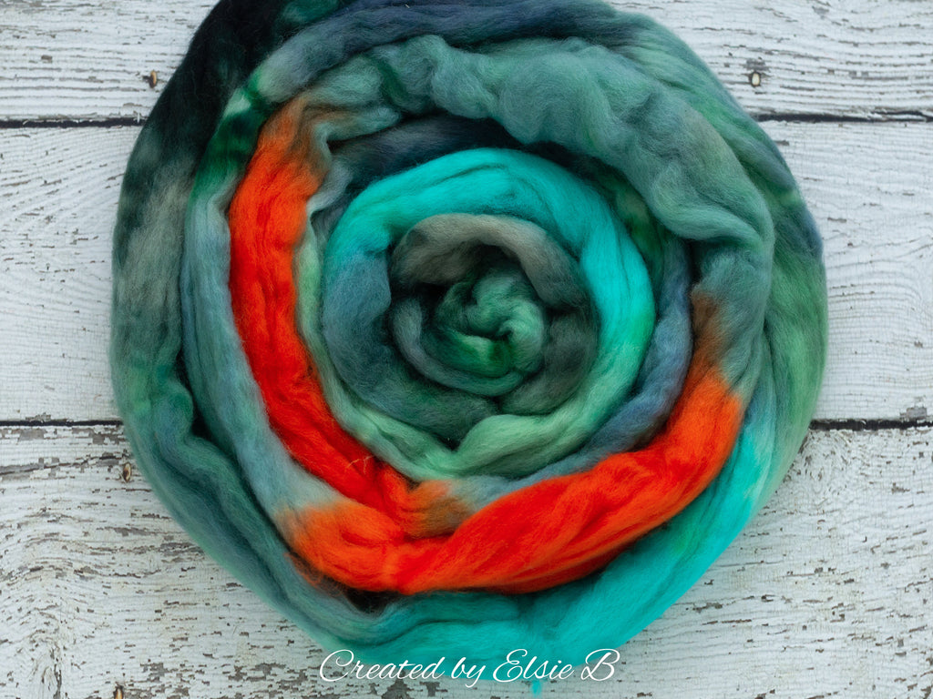 Organic Merino/ Cashmere 'Tree Frog' 4 oz combed top, wool roving by the pound, green hand dyed roving, CreatedbyElsieB blue spinning fiber