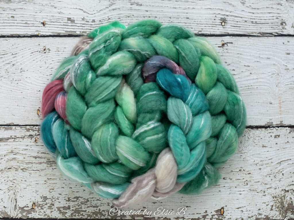 BFL/ Seacell 'Crème de menthe' 4 oz mint semi-solid hand dyed roving CreatedbyElsieB Blue Faced Leicester spinning fiber, green wool roving