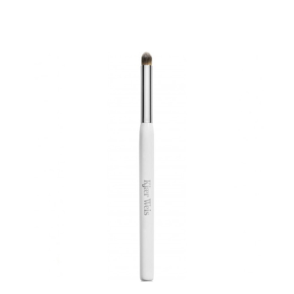 Kjaer Weis | Eye Definition Brush | Organic Make-Up