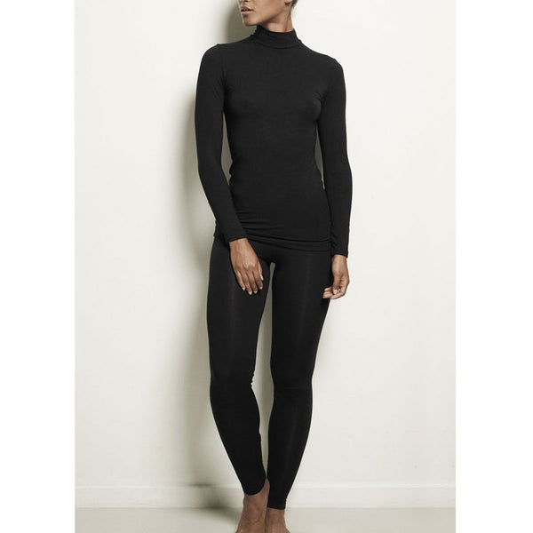 Woron Sleek L. Sleeve Black | Sustainable Loungewear | UK Stockist