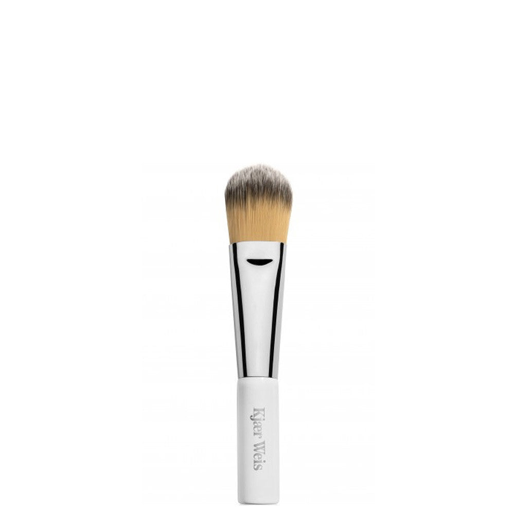 Kjaer Weis | Blush Brush | Organic Make-Up