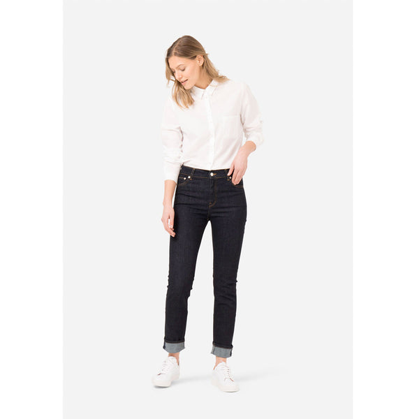 MUD Jeans Regular Swan | Sustainable Jeans | Instore & Online | Content UK
