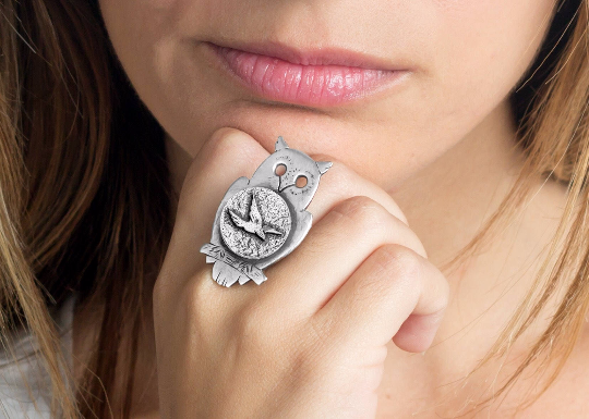 Coin ring with the Flight coin medallion on owl Noa Tamcoin jewelry bird jewelry