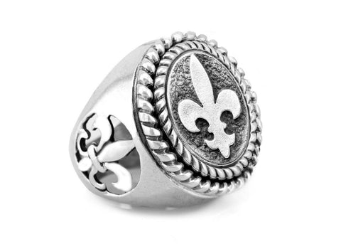 White Lily Medallion Ring with fleur de lis Symbol