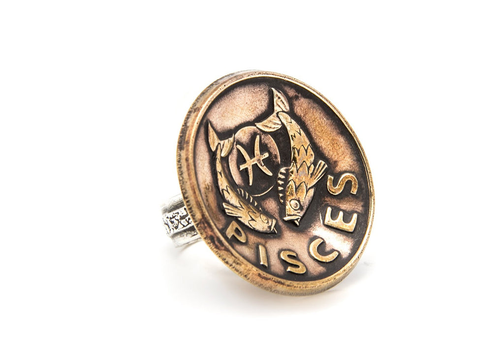 Pisces Sign Astrology Zodiac Silver Medallion Ring