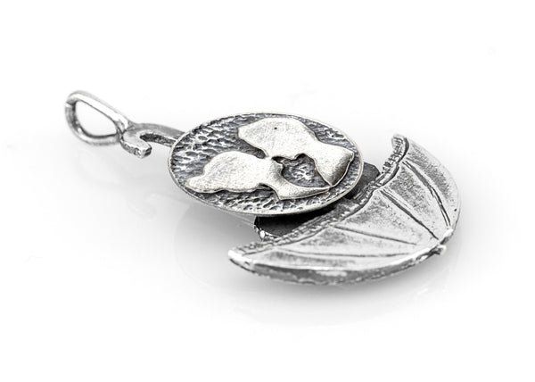 The Couple Sharing Love Coin Umbrella Necklace