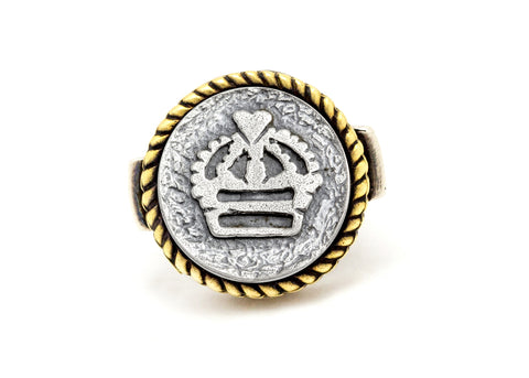 Coin ring with the crown  coin medallion