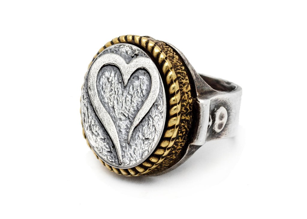 Coin ring with the open heart coin medallion