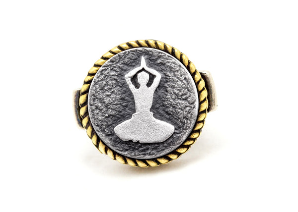 Coin ring with the Thanksgiving meditation coin medallion